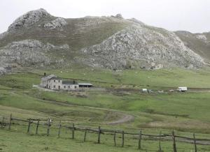 Varapalo judicial a San Emiliano y la Junta por autorizar la actividad de Casa Mieres (Diario de León)