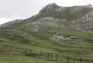 Montaña de Babia y Luna recurrirá el levantamiento de la clausura de Casa Mieres